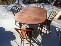 Antique Drop Leaf Kitchen Table and 5 Chairs in Sandwich, Illinois