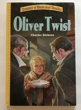 Vintage 2003 Oliver Twist Treasury Illustrated Classics HardCover Book Large Print in Morris, Illinois