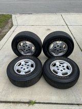 "17"" CHEVY TAHOE, SILVERADO, SUBURBAN OEM OEM WHEELS RIMS 17x7 1/2 1999-2014 in Camp Lejeune, North Carolina"
