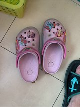 girl's crocs size 12 doesn't lights up in Okinawa, Japan