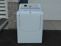 Maytag Gas Dryer. 2.5 Yrs Old. Like New! in Naperville, Illinois