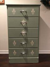 Shabby chic chest of drawers in Chicago, Illinois