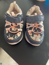 Size 7 toddler shoes in Okinawa, Japan