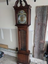 Colonial Grandmother clock in Bolingbrook, Illinois