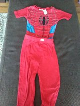 Size 6 boys pjs in Chicago, Illinois