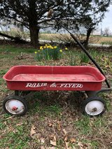 Radio Flyer Metal Wagon in Fort Leonard Wood, Missouri