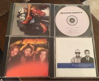 4 CDs in St. Charles, Illinois