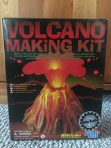 New in Box!  Volcano Making Kit by 4M in Bolingbrook, Illinois
