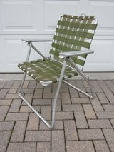 Aluminum Folding Chair Olive Green 1960s / 1970s in Bolingbrook, Illinois