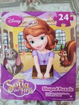 Disney Sofia the First Shaped 24 Piece Puzzle New In Box in Plainfield, Illinois