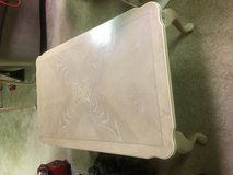 Oak Wood Coffee Table - Just like new in Naperville, Illinois