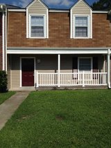 Great family living Townhouse near Western Blvd & all it's Amenities in Camp Lejeune, North Carolina