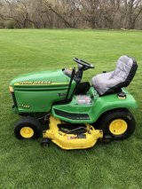 JOHN DEERE LX288 GARDEN TRACTOR 18HP. MOTOR HYDRO. TRANS. 48-C DECK CLEAN AND READY FOR SEASON. in Naperville, Illinois