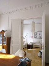 Historical apt with parking downtown- 4 bedrooms in Wiesbaden, GE
