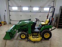 2004 John Deere 2210 Tractor in Lackland AFB, Texas