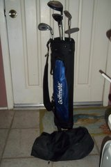 Golfmate Junior Golfbag with Clubs in Baytown, Texas