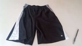 Boy's M 10-12 Xersion Black Shorts in Chicago, Illinois