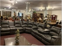 United Furniture - Kenia  Sectional  in Black or Brown  including delivery in Stuttgart, GE