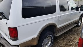 2000 Ford Excursion in St. Charles, Illinois