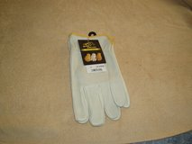 Black Stallion All Leather Men's Driving Gloves in Chicago, Illinois