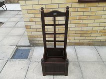 Wooden Box Planter ( As new ) in Lakenheath, UK