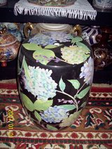 Solid Black Large Vase/ Plant Stand. Stands on ground in Alamogordo, New Mexico