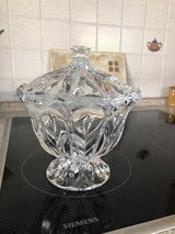 crystal bowl with lid in Ramstein, Germany