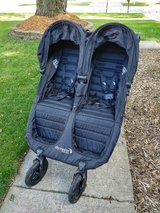 Baby Jogger City Mini GT Double Stroller Black in Naperville, Illinois