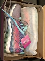 New Big Girls Skechers Sneakers size 4 Tennis Shoes in Bartlett, Illinois