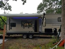 2016 Forest River Cherokee (Grey Wolf) 5th Wheel Toy Hauler in Tacoma, Washington