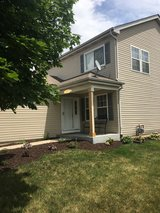 Oswego East schools - home for rent 4bd 2 1/2 bth in Plainfield, Illinois