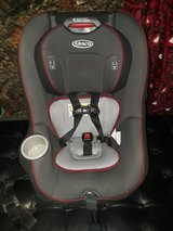 like new ..Graco carseat ..front and rearfaceing in Yucca Valley, California