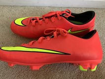 Nike Women's Soccer Cleats   ***Nearly NEW!!!***  Lightweight in Camp Pendleton, California