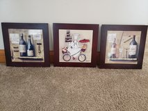 3pc set wood wine frames in Chicago, Illinois