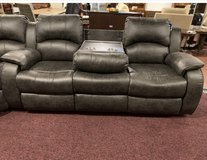 United Furniture - Kenia - Sofa-Loveseat-Chair in black or brown including delivery in Ramstein, Germany