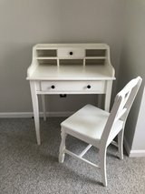 Shaker style desk and chair in Camp Lejeune, North Carolina