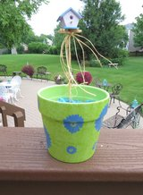 BRIGHT FLORAL PLANTER with BIRDHOUSE FLOWER PIC - BRAND NEW! in Naperville, Illinois