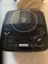 AM-FM MP3 CD player w/Alarm in Travis AFB, California