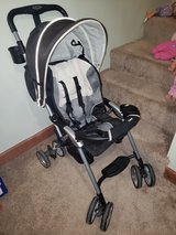 Combi stroller in St. Charles, Illinois