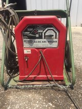 AC/DC Arc Welder. Lincoln Electric. in Elizabethtown, Kentucky