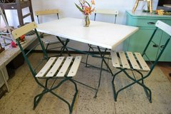 Vintage German Garden table and 4 chairs  Foldable in Wiesbaden, GE