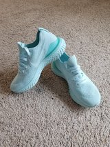 Woman's Nike Epic React Flynit 2 Shoes 2 - NEW in Camp Lejeune, North Carolina