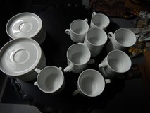 Coffee cups and saucers. 22 pieces in Stuttgart, GE