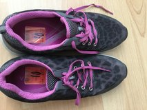 Vionic Shoes Size 10 New in Stuttgart, GE