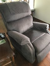 Pride Power Lift Recliner in Batavia, Illinois