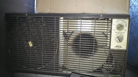 NEW PRICE window model Air Conditioner 220 Volt in Ramstein, Germany