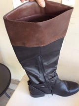 women's boots in Bartlett, Illinois