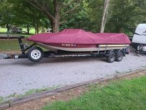 1995 Kayot Deck Boat in Fort Knox, Kentucky