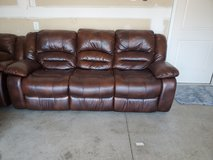 Leather recliner couch in Kansas City, Missouri