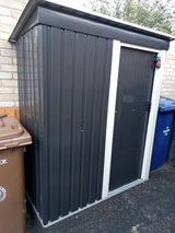 Metal Shed 4x3 as New in Lakenheath, UK